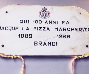 Pizzeria_Brandi_4-592x404