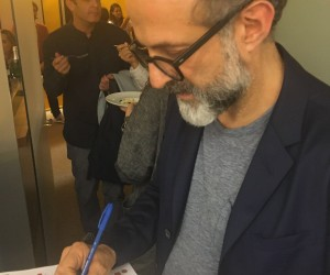 Massimo Bottura  firma per #pizzaUnesco