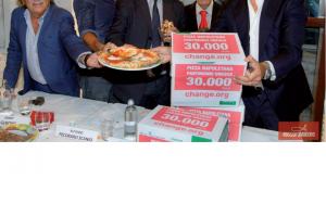 Da sinistra, Sergio iccù, Jimmy Ghione, Alfonso Pecoraro Scanio, S.E. Lucio Alberto Savoia e Franco Manna.